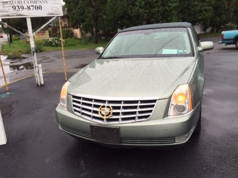 2006 Cadillac DTS Roadster Edition with Gold Accents! for sale