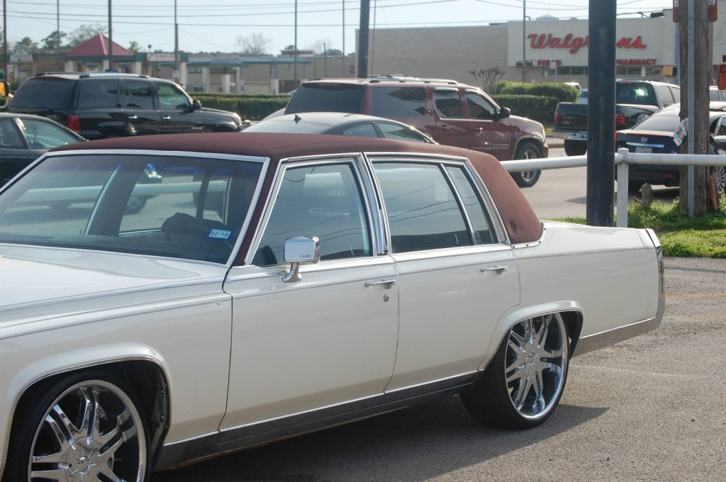 Cadillac Brougham For Sale X