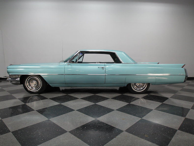 1972 Mercury Monterey in addition 1962 Cadillac Deville 1962 Cadillac Coupe Deville Custom Full Frame Off furthermore Lambrecht Chevrolet Voitures A Vendre further 1964 Cadillac Fleetwood together with Watch. on 1953 cadillac coupe deville