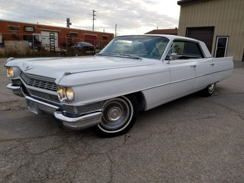 new paint 1964 Cadillac Series 62 Sedan 6 Window Hardtop for sale