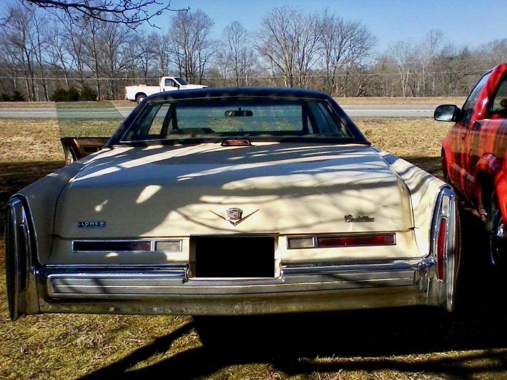 NICE 1976 Cadillac DeVille