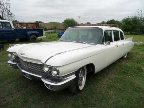 NICE 1960 Cadillac Fleetwood for sale