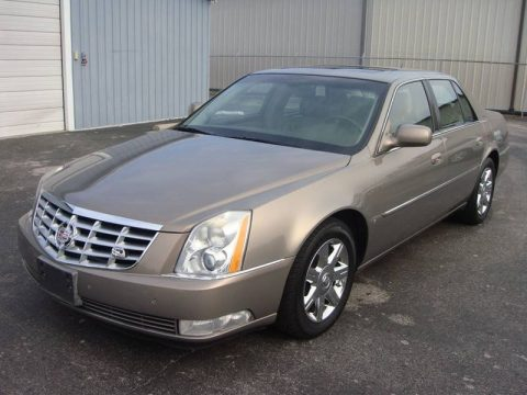 2006 Cadillac DTS Luxury II 4dr Sedan for sale