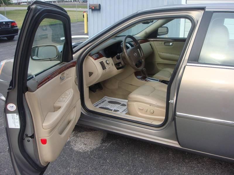 2006 Cadillac DTS Luxury II 4dr Sedan
